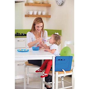 Babystuhlsitz mit Tablett
