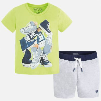 Комплект: футболка и шорты для мальчика Mayoral - зеленый