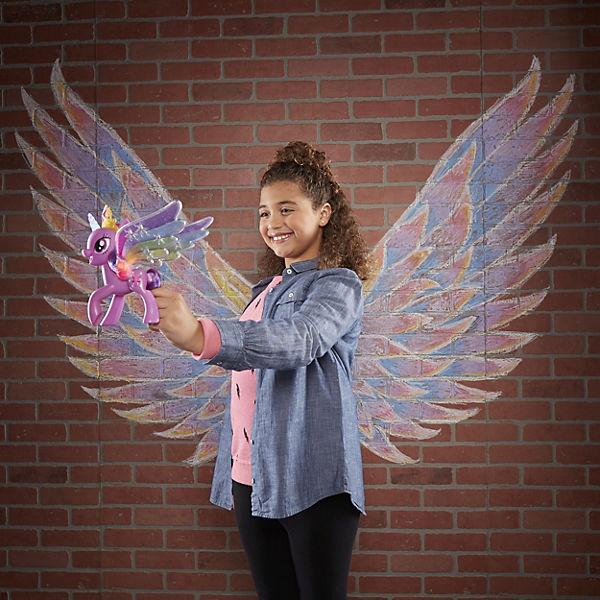 Игровая фигурка My Little Pony Искорка с радужными крыльями