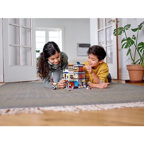 Конструктор LEGO Creator 31097: Зоомагазин и кафе в центре города от LEGO