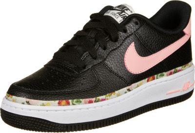 Nike Air Force 1 — Verschiedene Arten von Schuhen werden