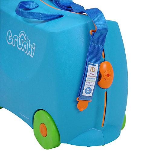 Голубой чемодан на колесиках от TRUNKI