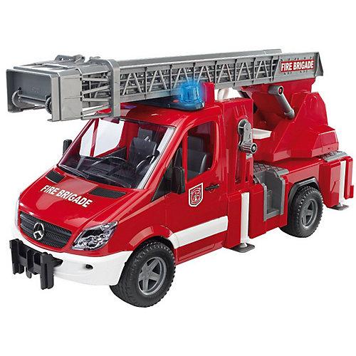 Пожарная машина Bruder с лестницей и помпой от Bruder