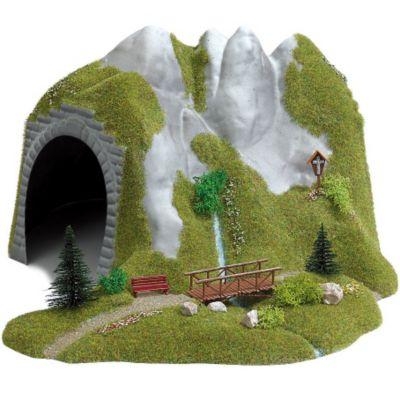 Busch Modelleisenbahn Tunnel mit Bach und Holzsteg - Spur H0