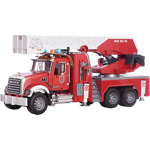 Пожарная машина MACK с выдвижной лестницей и помпой, Bruder от Bruder