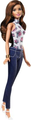 Teresa Puppe und Modeset zum Kombinieren