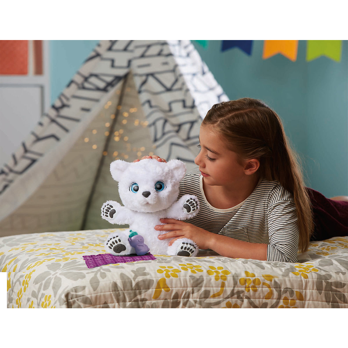 furreal friends mein verspieltes eisb r baby furreal mytoys. Black Bedroom Furniture Sets. Home Design Ideas