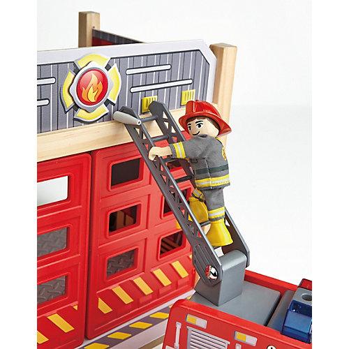 Пожарная машина Hape с водителем от Hape