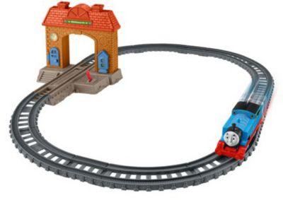 """Железная дорога 2 в 1 Fisher Price """"Томас и его друзья"""" Вокзал"""