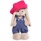 Мягкая игрушка Budi Basa Зайка Ми в синем комбинезоне в полоску и с малиновой кепкой, 25 см